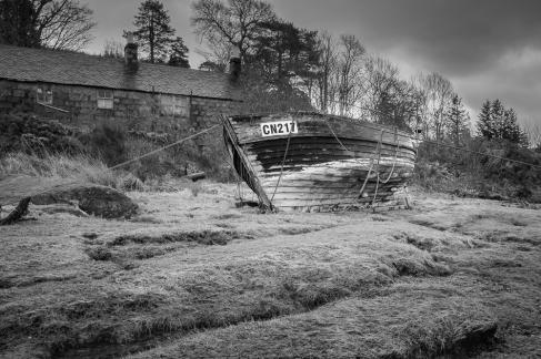 Abandoned boat CN217